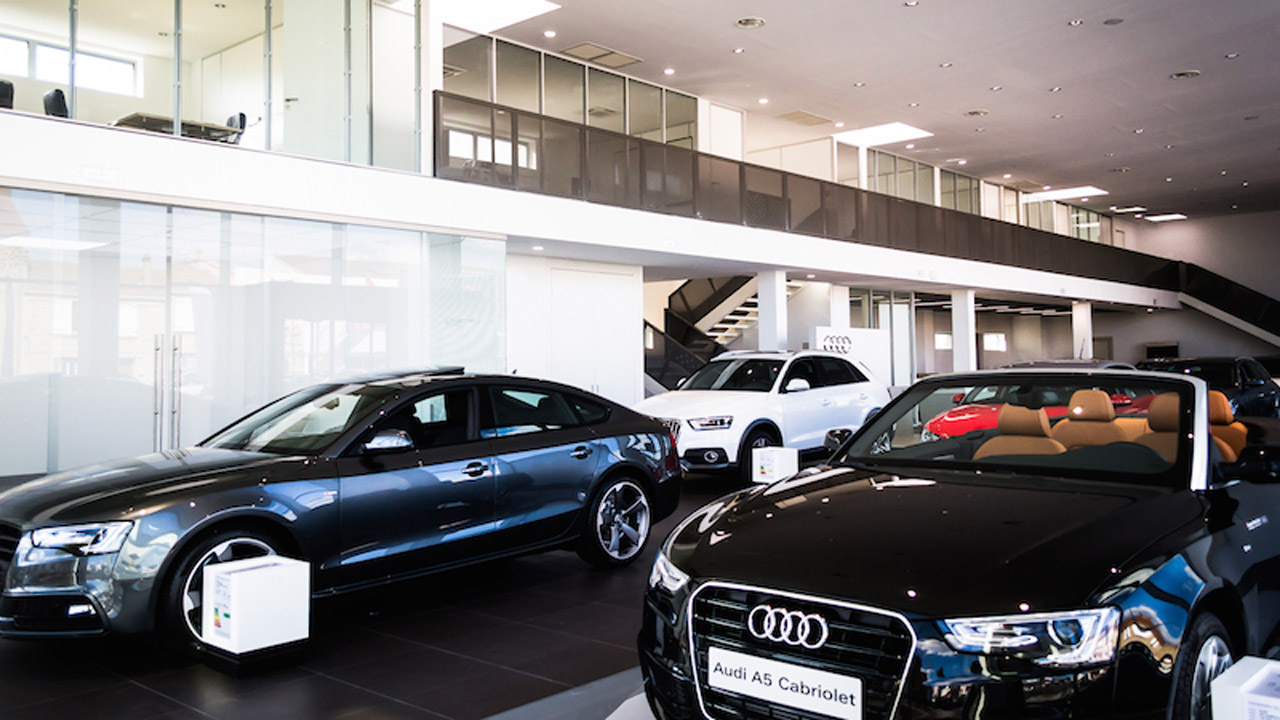 Audi-show-room-cover
